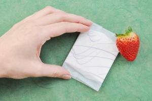 Bio-Binde in biologisch abbaubarer Verpackung