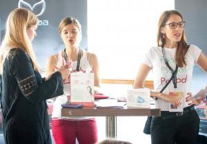 erdbeerwoche-Gründerinnen im Gespräch
